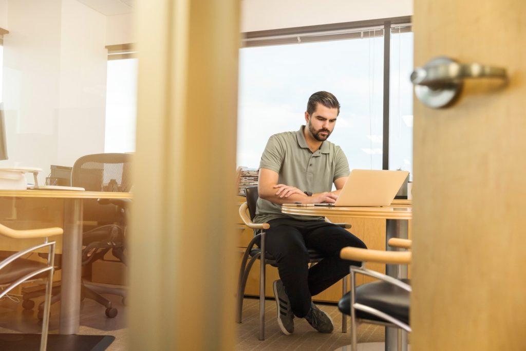 assistenza in sede assistenza tecnica informatica multiax italia riparazione pc mac in sede stampante connessione di rete