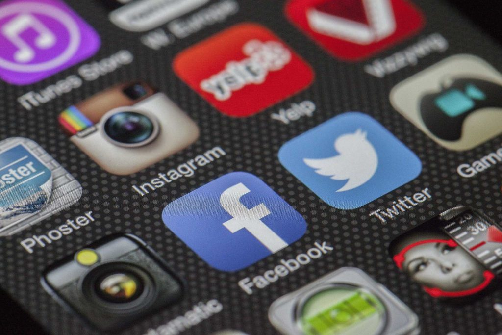 gestione-social-network-social-media-multiax-italia