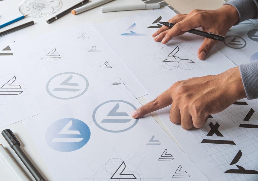 creazione-logo-grafica-digitale-professionale-multiax-italia-web-agency-webagency